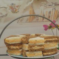 Sandwiches kip basilicumboter